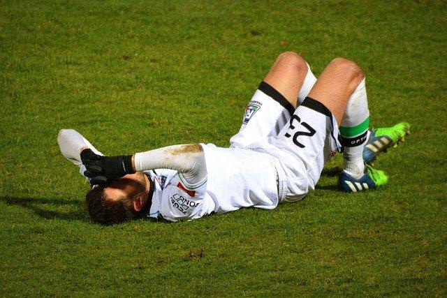 Sportverletzung beim Fussball