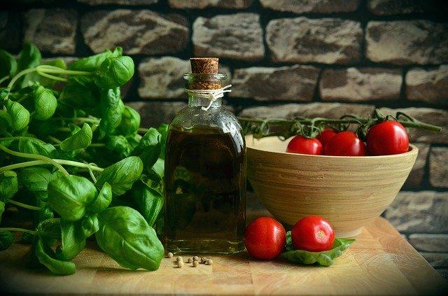 Bewusste Ernährung Oliven Öl - Bewusste Ernährung – Essen genießen, ohne Kalorien zu zählen