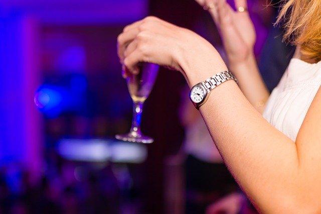 Trinken auf Feier - Die Wirkung von Alkohol auf die Gesundheit