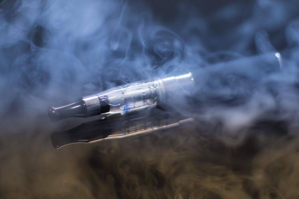 gesundeszentrum e cigarette 1881957 1920 scaled - E-Zigarette • Alternative zur herkömmlichen Zigarette & Raucherentwöhnung?