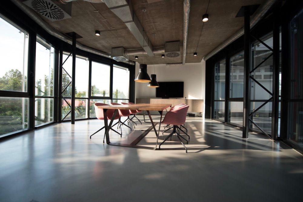 gesundeszentrum oekologische moebel scaled - Ökologische Möbel • Nachhaltige Möbel unter fairen Bedingungen produziert
